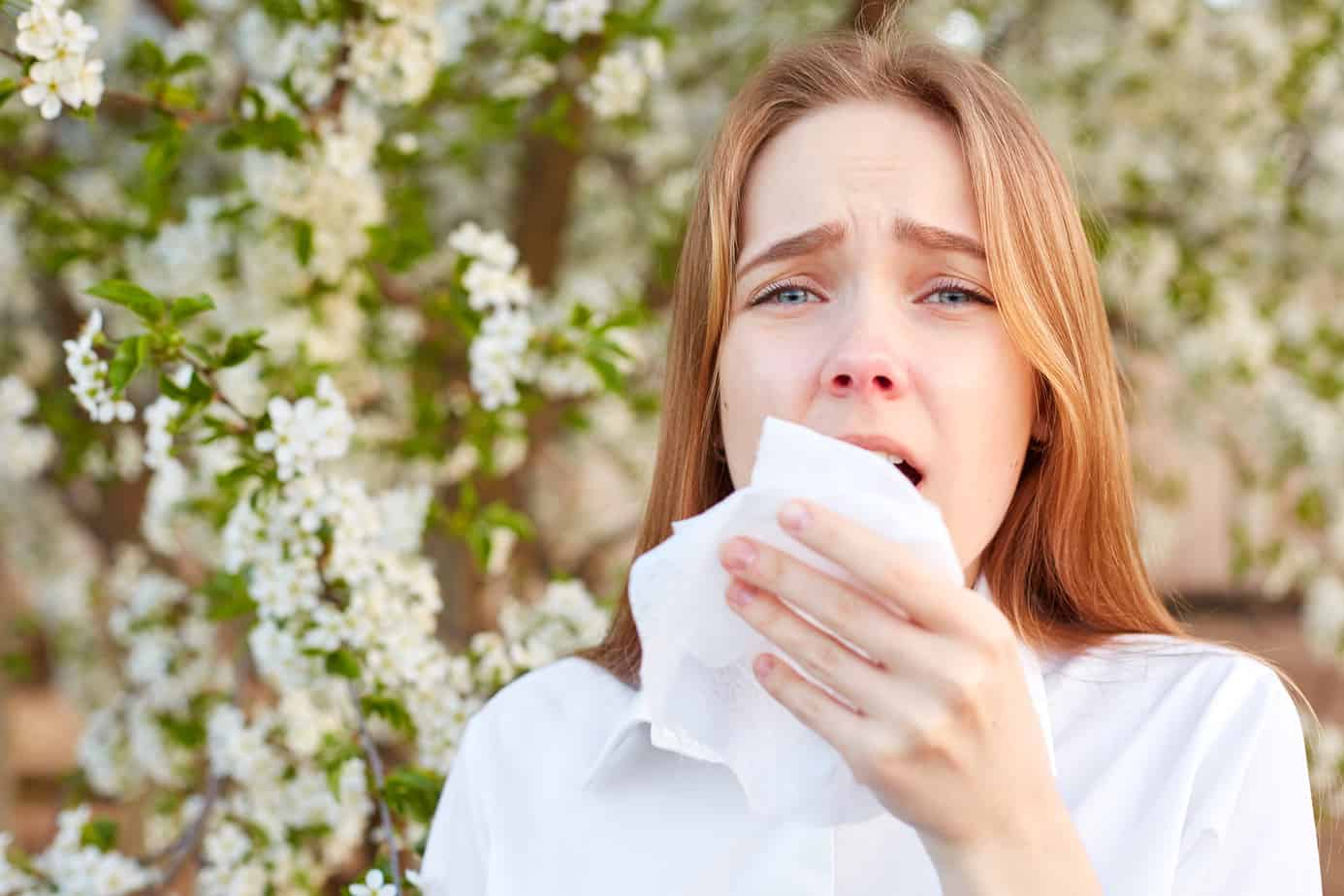 donna allergica ai fiori